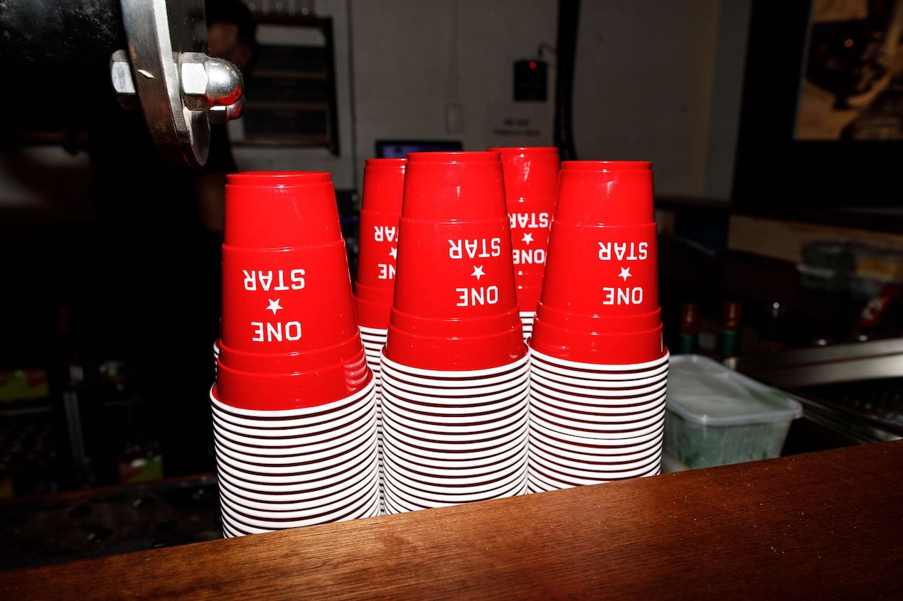 REDDS CUPS | CONVERSE ONE STAR CUSTOM BRANDED CUPS